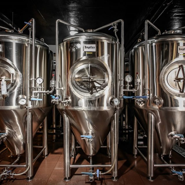 http://zapfler-craft-beer.com/wp-content/uploads/2018/08/jintan-beer-brewery-1-640x640.jpg