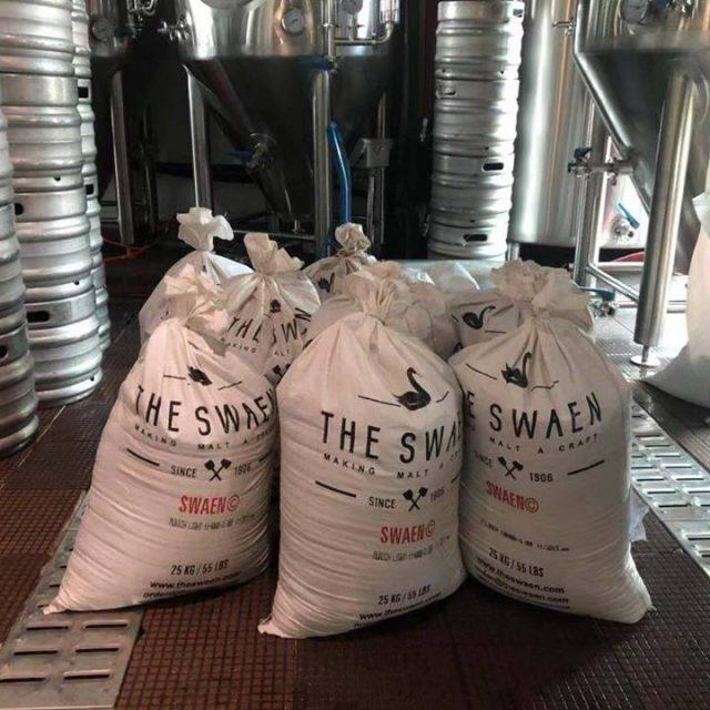 http://zapfler-craft-beer.com/wp-content/uploads/2019/03/the-swaen-640x640.jpg