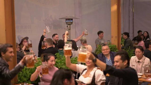oktoberfest-2019-ein-prosit